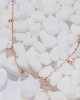 925 exquisitely delicate single charm necklace-4 leaf clover